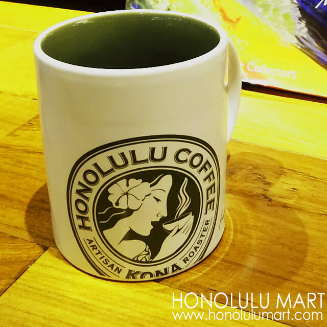ホノルルコーヒーのマグカップの写真
