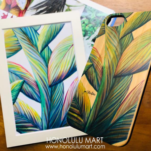 バナナの葉っぱの絵とウッドiPhoneケースの写真