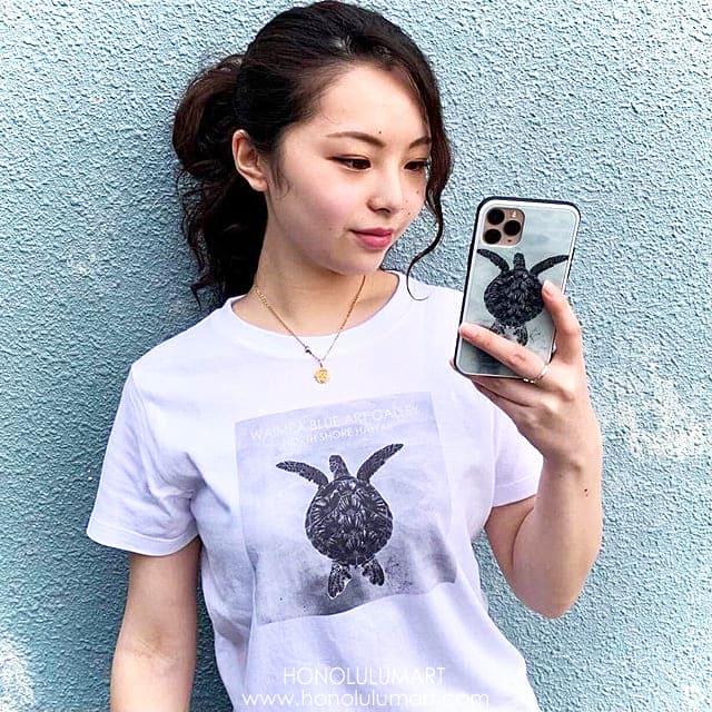 ホヌの白黒写真アートTシャツ(ハワイのワイメアブルー)7