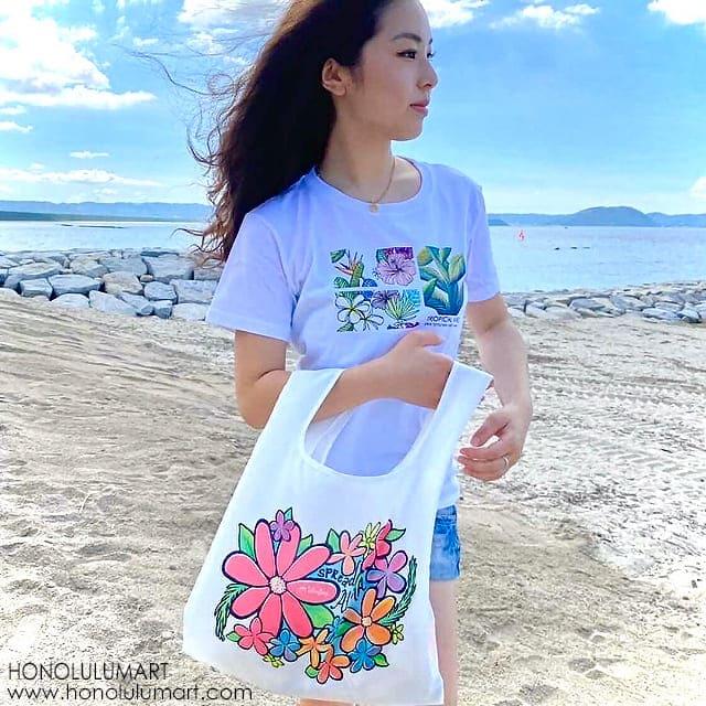 ハワイのお花と葉柄のTシャツとエコバッグ8
